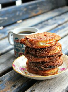 The Good Kind of Crazy: Apple Fritters (Gluten Free) She used GF pancake mix! Gluten Free Sweets, Gluten Free Recipes, Gf Recipes, Pancake Recipes, Recipies, Healthy Recipes, Sin Gluten, Apple Fritters, Foods With Gluten