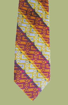 Vintage Andhurst woven tie. Not certain of fabric content; late 1960s. My collection.