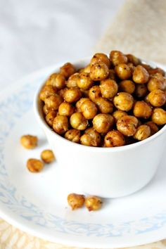 Spicy Roasted Chickpeas | Natural Chow
