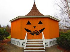"""""""A Pumpkin Gazebo/Hut from Newport, Vermont"""" -- A town park gazebo decorated for the season. Clever."""