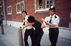 19 fotos vintage, obscenas e agressivas dos primeiros punks