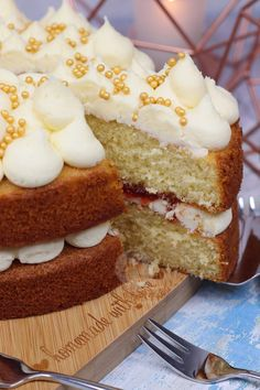 Vanilla Cake - Back To Basics! - Jane's Patisserie