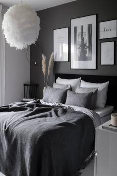 89 top Choices Luxury Bedroom Sets for Men Decor Master Bedroom Decorating Ideas Modern Bedroom Sets Luxury Bedroom Sets, Luxurious Bedrooms, Room Ideas Bedroom, Home Decor Bedroom, Ikea Bedroom, Bedroom Designs, Black Bedroom Decor, Gold Bedroom, Bedroom Plants