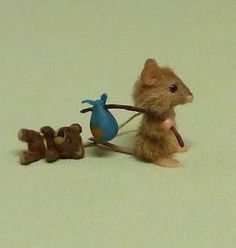 The runaway mouse by Fiver.   (minimenagerie.blo...)