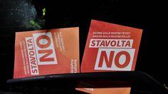 Credit Suisse prima e Standard&Poor's dopo attenuano le visioni negative sull'economia italiana nel caso in cui il quesito costituzionale venisse