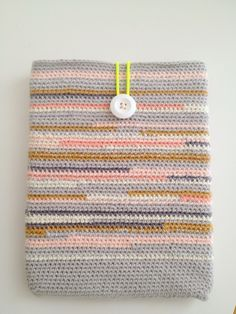 Crocheted iPad cover / gehaakte iPad hoes