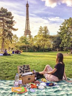 52f2378f4e4e5 A Parisian picnic is a great way to save money in Paris. Picnic Quotes