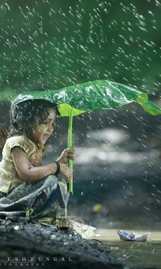 """""""Simplicity in life opens the gates for happiness, joy, abundance & freedom. Village Photography, Cute Kids Photography, Rain Photography, Indian Photography, Cute Kids Pics, Cute Baby Pictures, Precious Children, Beautiful Children, Jolie Photo"""