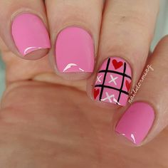 Valentine's Day tic tac toe hearts nail art using Essie: Delhi Dance as the base shade