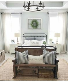 21 Rustic Farmhouse Bedroom Decor Inspiration Ideas We are working on a bedroom makeover and I found 21 amazing rustic farmhouse bedrooms for decor inspiration. Check out the post to see them all. Home Decor Bedroom, Bedroom Decor Inspiration, Bedroom Inspirations, Bedroom Makeover, Farmhouse Style Master Bedroom, Bedroom Design, Master Bedrooms Decor, Home Decor, Remodel Bedroom