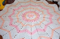 SmoothFox's Flower Round Ripple 12 Point ~ free pattern