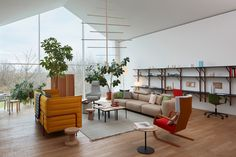 VitraHaus enlisted British designer Jasper Morrison to transform Level I of their headquarters in Weil am Rhein into a living space for a fictional dweller.
