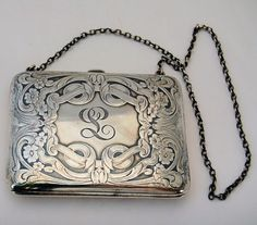 Late Victorian Edwardian Sterling Silver Dance Purse Calling Card Case Antique from Antik Avenue on Ruby Lane Unique Handbags, Beautiful Handbags, Black Handbags, Purses And Handbags, Spring Handbags, Cheap Handbags, Luxury Handbags, Vintage Purses, Vintage Bags