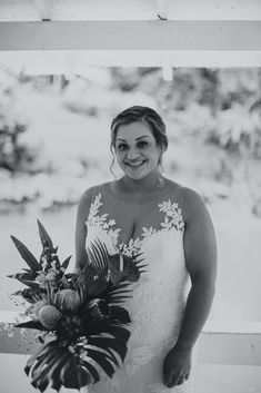 Obsessed with this Tropical Hawaii Wedding at Haiku Gardens Wedding Venue in Oahu. After the whimsical wedding ceremony, we snuck out for some bride and groom photos in the lush green jungle! The brides elegant lace wedding dress and the grooms all white grooms suit looked beautiful with the tropical floral details - Hawaii Wedding Photographer Whimsical Wedding Inspiration, Elopement Inspiration, Blue Bridesmaids, Blue Bridesmaid Dresses, Wedding Ceremony, Lace Wedding, Wedding Dress, Maui Wedding Photographer, Wedding Photography