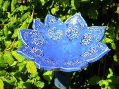 http://de.dawanda.com/product/62565883-Vogeltraenke-Bluetenschale-Gartenkeramik-Keramik-Uni