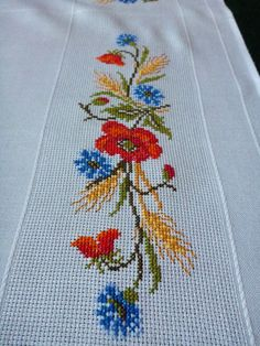 Vintage white tablecloth with Poppies cornflowers ears by Retroom