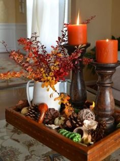 Autumn decor - fall home decor - home decoration ideas for the fall - DIY fall decor ideas - home decor for autumn - orange decor Thanksgiving Diy, Thanksgiving Centerpieces, Fall Table Centerpieces, Centerpiece For Kitchen Table, Wedding Centerpieces, Everyday Centerpiece, Thanksgiving Cookies, Thanksgiving Celebration, Floral Centerpieces