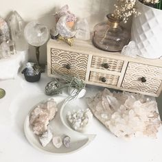 I love waking up to my crystals. Crystal Shop, Crystal Gifts, Crystal Jewelry, Crystals And Gemstones, Stones And Crystals, Crystal Collection Display, Crystal Room Decor, Crystal Shelves, Displaying Crystals