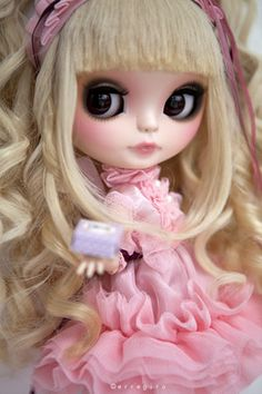 Kumiko Japanese Sweet Lolita Girl OOAK Custom Blythe Doll by Erregiro