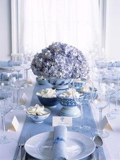 Such a pretty blue setting. (Martha Stewart Weddings, Winter 2003)