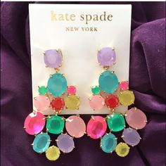 ISO these Kate spade earrings ! Willing to pay up to $75 if they are in excellent condition kate spade Jewelry Earrings