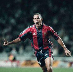 Ronaldo Nazario Da Lima cumple años, el jugador que más me ha impactado, irrepetible