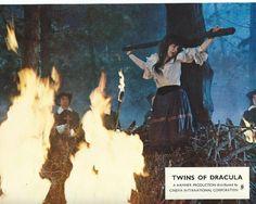 TWINS OF DRACULA - 1972 - 5 Original 8x10 Lobby Cards - HAMMER STUDIOS -Vampires