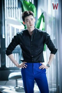 """Production of W: Two Worlds Promises Episodes Will be Packed with Excitement…- Lee Jong-Suk 더블유 """"W - Two worlds"""" Han Hyo-Joo 李鍾碩 Lee Jong Suk Cute, Lee Jung Suk, Lee Jong Suk Kim Woo Bin, W Kdrama, Kdrama Actors, Lee Joon, Jimin Jungkook, Asian Actors, Korean Actors"""
