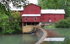 Humphreys Co. Tn....Hurricane Mill on Loretta Lynn Ranch