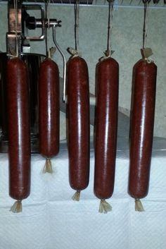 Summer Sausage W/Recipe Venison Summer Sausage Recipe, Homemade Summer Sausage, Summer Sausage Recipes, Homemade Sausage Recipes, Breakfast Sausage Recipes, Elk Recipes, Venison Recipes, Smoker Recipes, Sausage Seasoning