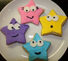 dora stars!! perfect for snacks or even in the party favor bags :]