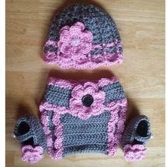 Mix and match Crochet baby girl gift set by BeautyOfCrochet, $28.00