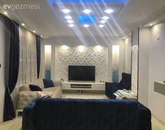 Mimar çiftin kendi tasarladıkları, kullanışlı ve şık evleri.. | Ev Gezmesi Living Room Decor, Flat Screen, Furniture, Home Decor, Living Room, Drawing Room Decoration, Blood Plasma, Decoration Home, Den Decor