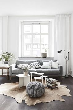 These are beautiful pinterest decor trends that you can add to your apartment for no money at all! Love these grey tones