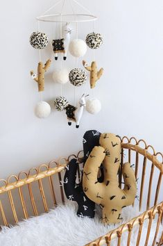 LLAMA & CACTUS NURSERY DECOR by BohoBabyHeaven on Etsy The Effective Pictures We Offer You About baby room safari A quality picture can tell you many things. Boho Nursery, Nursery Neutral, Girl Nursery, Nursery Decor, Nursery Rugs, Nursery Ideas, Room Ideas, Home Decoracion, Diy Bebe