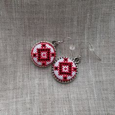 Textile ethnic jewelry. Ukrainian cross stitch by NeedForStitch