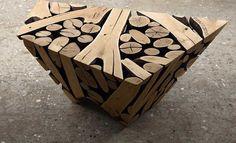 Con pedazos de madera olvidados él es capaz de crear las esculturas más…
