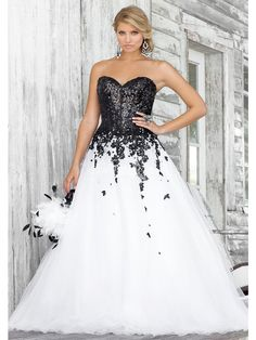 30+ Black and White Wedding Dresses Combination : Custom Made Top Quality Beach Sweetheart Princess Sequined Pattern White Black Lace Bridal Wedding Dress Gown