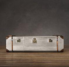 Restoration Hardware(レストレーションハードウェア)トランクコーヒーテーブル「19th C. French Steamer Trunk Coffe Table/Polished Aluminum」