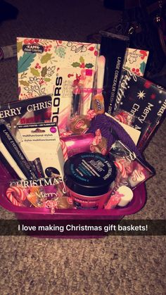 Christmas gift basket ideas, for teenage girls.