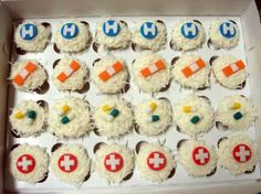 cupcakes for med school graduation