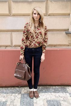 Oxfords and florals ; perf