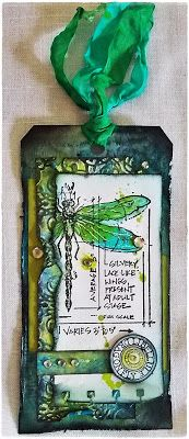 Claudia´s Stempelecke; I usually don't like the dragonflies in most mixed media, but this one I do. Nicely done!!