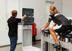 Get a Perfect Bike Fit: 3 Key Measurements Every Cyclist Should Know - Use these numbers to perfect your bike set-up—and protect your body from injury Buy Bike, Bike Run, Fixed Bike, Fixed Gear, Performance Bike, Specialized Bikes, Bicycle Maintenance, Cool Bike Accessories, Bike Shoes