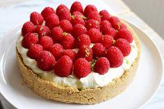 Culy Homemade raspberry no-bake cheesecake Cake Cookies, Cupcake Cakes, Cupcakes, I Love Food, Good Food, Raspberry No Bake Cheesecake, My Favorite Food, Favorite Recipes, Sweet Tooth