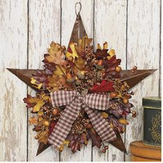 Autumn Leaves Barn Star Harvest Seasonal Thanksgiving & Fall Decor by Lgp Fall Home Decor, Autumn Home, Primitive Fall, Primitive Country, Primitive Crafts, Autumn Decorating, Decorating Ideas, Door Decorating, Decor Ideas