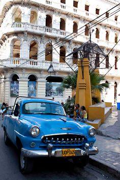 Fantastic architecture and beautiful old cars in Santiago de Cuba