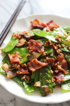 bacon with snow peas image Chinese Vegetables, Fried Vegetables, Fruits And Veggies, Pea Recipes, Side Dish Recipes, Healthy Recipes, Healthy Food, Vegetable Side Dishes, Vegetable Recipes