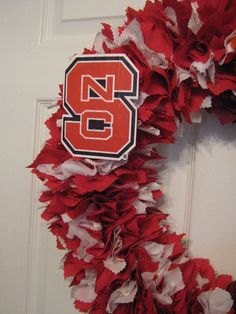 18 NC State Wolfpack fabric wreath
