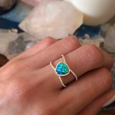 Mesmerized in another world with this one... #opal #lunaskyejewelry